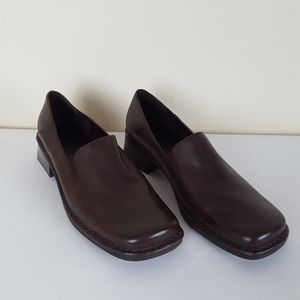 Bandolino Brown Square Toe Loafer Style Shoes